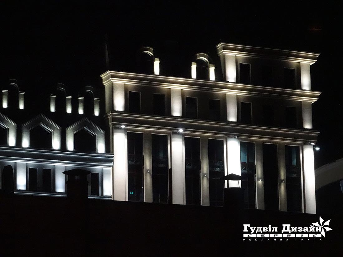 22.22 Подсветка фасада здания